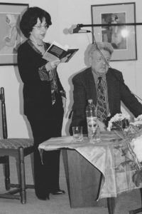 С Валентином Оскоцким на выставке М.Аксельрода в галерее «На Солянке».Москва, 2002 год
