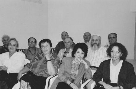 Е.Аксельрод с учениками. Студия «Строка», Израиль, 2001 год